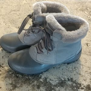 Columbia Grey leather Boots